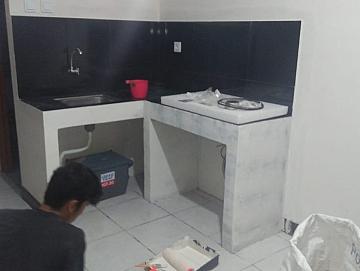 Renovasi Rumah Penambahan Meja Dapur