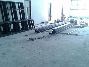 Fabrikasi Kusen Jendela dan Pintu Alumunium